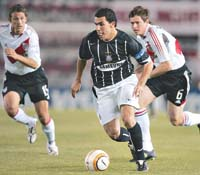 Carlos Tevez<br /> playing for Corinthians&#8221; /></p> <p></p><div class='wb_fb_comment'><br/></div><fb:like href='http://stateofthegame.co.uk/2006/01/20/the-long-arm-of-the-lawless/' send='true' layout='standard' show_faces='true' width='450' height='65' action='like' colorscheme='light' font='lucida grande'></fb:like><span class=