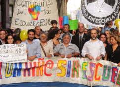 """Página/12 :: Ultimas Noticias :: Otra marcha para que """"ningún niño quede sin escuela"""""""