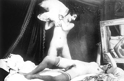 patrón de las prostitutas prostitutas en la cama