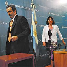 /fotos/cash/20070204/notas_c/ministra.jpg