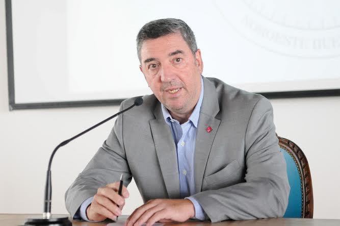 Guillermo Tamarit, titular del Consejo Interuniversitario Nacional (Fuente: Facebook oficial)