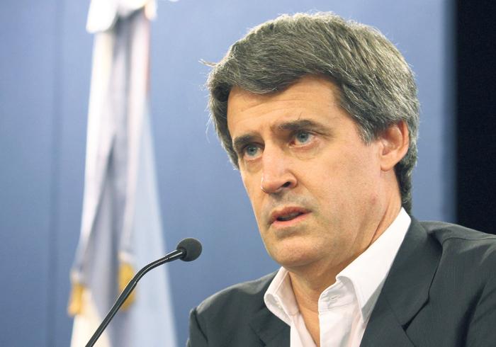El ministro Alfonso Prat-Gay presentará hoy el proyecto de modificación del Impuesto a las Ganancias. (Fuente: Leandro Teysseire)