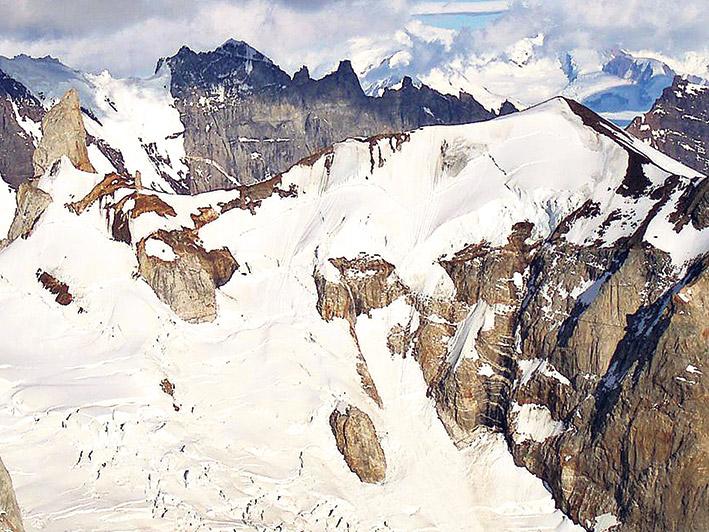 La ley prohíbe actividades contaminantes en los glaciares.