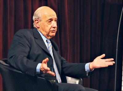 """""""No me gusta la permanente recurrencia del endeudamiento"""", aseguró Roberto Lavagna."""